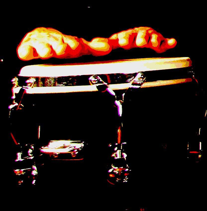 band-biggi06-effektjpg-Vis-aVis-Flying-Hands.jpg